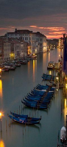 Venice sunset • photo: Ferdi Esingen