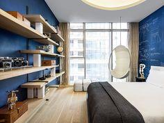 En la ciudad de Shenzhen, China, este departamento diseñado por Yabu Pushelberg fue imaginado para moradores cosmopolitas que quieren vivir en un espacio contemporáneo y relajado.