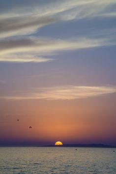 - Half Sunset - by Pedro Gabriel