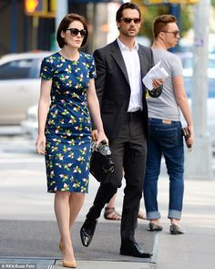 Even the Dowager Countess would approve! Michelle Dockery in a chic floral tea dress as she steps out with new beau John Dineen.is that a dude in sparkly flats holding a clutch behind them? Michelle Dockery, Downton Abbey, Lady Mary Crawley, Sparkly Flats, Floral Tea Dress, New Boyfriend, Famous Couples, New Chic, Dress Silhouette