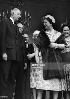 Paris, Elysee Palace, General De Gaulle Receiving The Queen Mother Elizabeth In April 1959