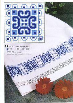 SOLO TOALLAS Y CENEFAS (pág. 2) | Aprender manualidades es facilisimo.com Mini Cross Stitch, Cross Stitch Needles, Cross Stitch Cards, Cross Stitch Borders, Cross Stitch Designs, Cross Stitching, Cross Stitch Patterns, Embroidery Monogram, Ribbon Embroidery
