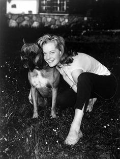 Des stars et leurs chiens Romy Schneider