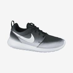 Nike Roshe Run Print Women's Shoe. Nike Store