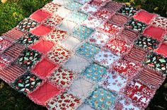 FREE SHIPPING-Rustic, Christmas Rag Quilt- Large- Throw Blanket- Featuring Retro Santa