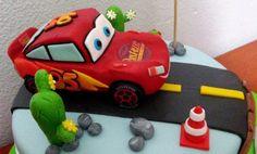 Otra tarta Cars 3 | De Perla's | Tartas fondant personalizadas en Málaga