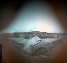 Cubierta del Mercat del Ninot, Barcelona. Esteban Naves. Tiempo de exposición: 21/06/2011 - 20/12/2011. Negativo de papel Ilford.  Mas trabajos con la Solarigrafia: http://hermes-vigila.com