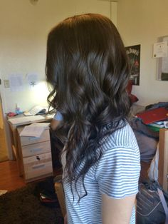 Relaxed curls dark brown hair
