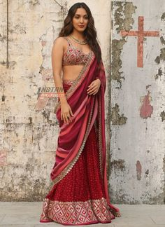 Indian Designer Outfits, Indian Outfits, Wedding Lehenga Online, Gown Party Wear, Buy Designer Sarees Online, Lehenga Saree Design, Indian Gowns Dresses, Kiara Advani, Thing 1