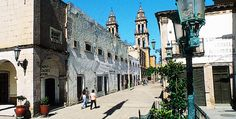 Street view in the small town of #Jerez, north of #Zacatecas, #Mexico.  Photo: Ernesto Polo