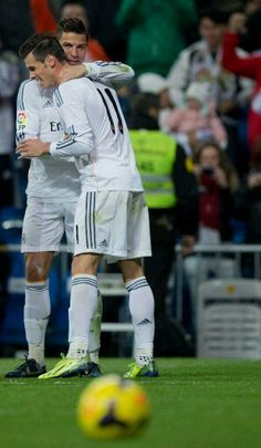 Nothing made by me is complete without a picture of Cristiano Ronaldo & Gareth Bale :P