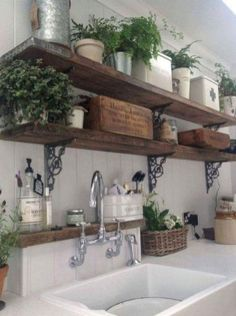 awesome 19 Modern French Farmhouse Kitchen Decoration https://wartaku.net/2017/07/31/19-modern-french-farmhouse-kitchen-decoration/