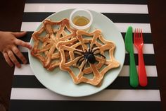 Kids say they don't have time for breakfast? Think they'll make time for these appealing 'webtastic' pancakes!!  {Healthy Wholewheat Flax} Spiderweb Pancakes - Mama. Papa. Bubba.Mama. Papa. Bubba.