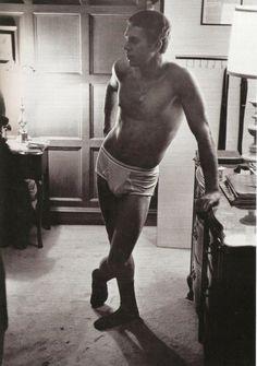 Steve McQueen in his bedroom, 1962 McQueen in Battaglia men's store on Fifth Avenue, New York City Fitting a bespoke suit for Love With the Proper Stranger (Robert…