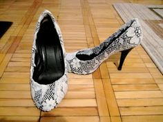 Fix up old heels with lace from your local dollar store!