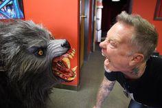 "86.8 mil Me gusta, 443 comentarios - Metallica (@metallica) en Instagram: ""Of Wolf & Man!  On the set of the @JoeRogan Experience! #metallica #presstour #joeroganexperience"""