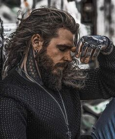 Gorgeous Men, Beautiful People, Beautiful Pictures, Hair And Beard Styles, Long Hair Styles, Hommes Sexy, Beard Gang, Good Looking Men, Haircuts For Men