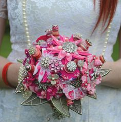 Glamour and Glitz wedding tree brooch bouquet. Photography by dj archer photography