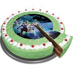 Met deze stoere eetbare taartoplegger is je Star Wars taart meteen af.  Deze Star wars taart oplegger heeft een doorsnede van 16 cm en is gemaakt van suiker en kan dus ook lekker opgegeten worden. www.creakelder.nl