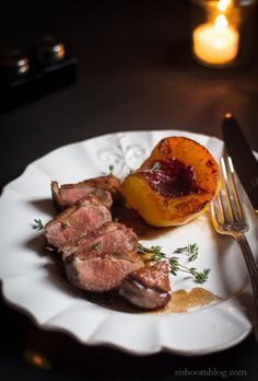 As far as Duck Breast recipes are concerned this Duck Breasts with Fresh Peaches recipe by Dorie Greenspan could not be more easy or elegant. Wild Game Recipes, Duck Recipes, Fresh Peach Recipes, Duck Breast Recipe, Duck Sauce, Original Recipe, Carne, Food Photography, Cooking Recipes