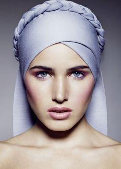 Image from http://www.beautyscene.net/wp-content/uploads/2013/12/Beauty-by-Filippo-del-Vita-2.jpg.