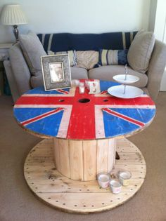 RECLAIMED-UPCYCLED-CABLE-DRUM-UNION-JACK-COFFEE Cable Drum, Dresser Desk, Union Jack, Industrial Chic, Table Desk, Drums, Shabby, Coffee, Crafts