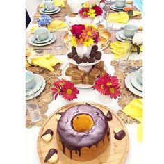 Bom dia Lindezas!      Todos os detalhes dessa mesa já estão no facebook /lardocecasa. Jogo Americano @copaecia e Louça Peniche da @portobrasilceramicas_oficial. #lardocecasa #lardocemesa  #mesahits #lookdamesa #tabledecor  #tabledesigner  #olioliteam  #mood #ootd
