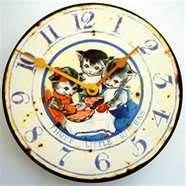 Three Little Kittens antique clock.