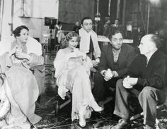 Alice Brady, Carole Lombard, Mischa Auer & William Powell with dir. Gregory La Cava on set of My Man Godfrey, 1936.