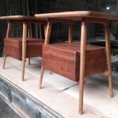Design moderno e arrojado, com madeira Cedrinho. Outdoor Furniture, Outdoor Decor, Storage, Design, Home Decor, Sheet Metal, Bedside Desk, Trendy Tree, Purse Storage