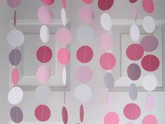 Rosas y guirnalda de papel blanco bebé ducha por SuzyIsAnArtist