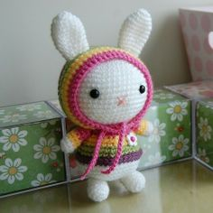 Crochet hoody bunny. Pattern for sale. Link to free similar pattern http://amigurumei.com/2013/03/24/free-easter-amigurumi-pattern-haru-chan-and-baby-chioux/.