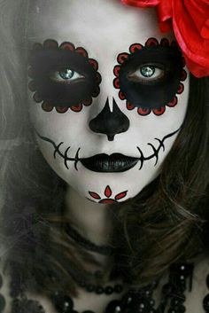 Face Paint... Carabela, Skull great for halloween or celebrate el dia de los muertos