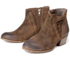 Women's Shoes By Type. Free Worldwide Delivery* Shop Now! Hudson London, Leather Shoes, Chelsea Boots, Shop Now, Booty, Lady, Fashion, Leather Dress Shoes, Moda
