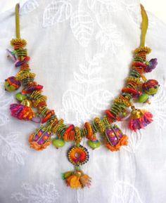 Freeform Knit and Crochet Neckpiece Prudence Mapstone326 x 400 | 41.4KB | www.embroiderycruises.com