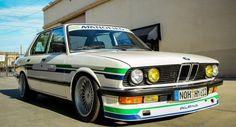BMW Alpina B9 1988 a $32,500 en los EE.UU. » Los Mejores Autos Bmw 2002, Bmw 535, Bmw Vintage, Bmw Alpina, Old School Cars, Bmw 5 Series, Car Brands, Bmw Cars, My Ride