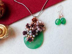 """""""Flori de piatră-Bijoux"""" albumul II-bijuterii artizanale marca Didina Sava Handmade Jewelry, Invitations, Album, Drop Earrings, Stone, Bead, Jewerly, Rock, Handmade Jewellery"""