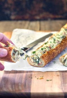 Easy, cheesy, creamy feta and spinach stuffed french bread – Deliriously rich and tasty. : Easy, cheesy, creamy feta and spinach stuffed french bread – Deliriously rich and tasty. Yummy Appetizers, Appetizers For Party, Appetizer Recipes, French Appetizers, Bread Appetizers, Christmas Appetizers, Christmas Recipes, Feta Cheese Recipes, Spinach Recipes