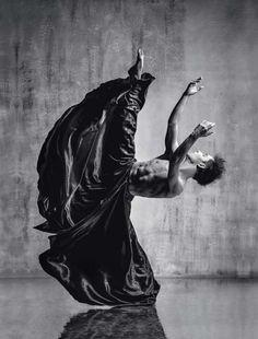 Le photographe de danse de studio Alexander Yakovlev a créé ses images de danseurs professionnels vi... - Paris Match