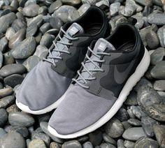 watch 76098 42f43 Nike Roshe Run Hyperfuse QS