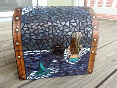 Mermaid at Midnight Mosaic Treasure Chest Mosaic Art, Mosaic Glass, Stained Glass, Glass Art, Treasure Boxes, Treasure Chest, Coloured Grout, Dozen, Fused Glass Ornaments
