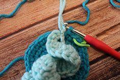 Háčkovaná chobotnička - návod - MoVe materiál Diy Crafts, Tejidos, Make Your Own, Homemade, Craft, Diy Artwork, Diy Crafts Home