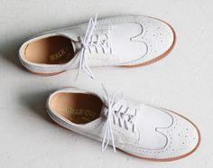 Walkover Cambridge White Suede SS12  http://www.facebook.com/DressShoesandSneaker  http://dressshoesandsneakers.tumblr.com/