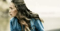 Gifs imagines with Alycia and her characters. Alycia Debnam Carey, Female Actresses, Actors & Actresses, Christina Moore, Alicia Clark, Lexa The 100, Commander Lexa, Clarke And Lexa, Eliza Taylor