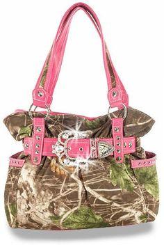 Camo purse I NEED!