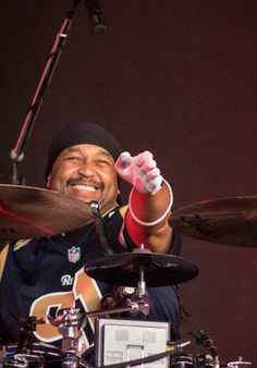 Mr. Carter Beauford