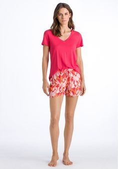 Boho Shorts, Casual Shorts, Red, Women, Fashion, Moda, Fashion Styles, Fashion Illustrations, Woman