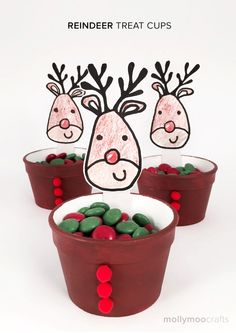REINDEER TREAT CUPS - Your kids will be more excited about these cute foam cup reindeers than the treats inside! | MollyMooCrafts.com