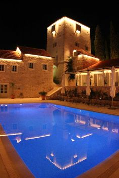 Heritage hotel Martinis Marchi at night