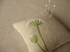 queen anne's lace #flower #embroidery pinchushion